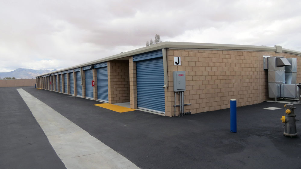 Photos virtual tour ridgecrest self storage quality for Ridgecrest storage units